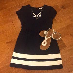 Vineyard Vines Size 10 Navy Dress